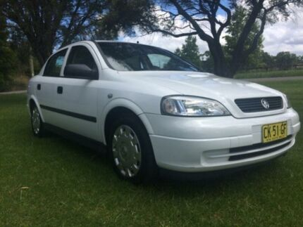 2004 Holden Astra TS CD White 5 Speed Manual Sedan Tuggerah Wyong Area Preview