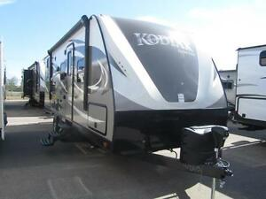 2017 27 FT DUTCHMEN RV KODIAK ULTIMATE 240BHSL TRAVEL TRAILER
