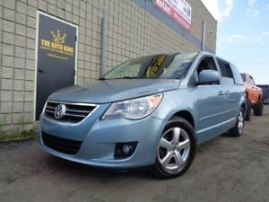 2009 Volkswagen Routan ****FULLY LOADED**** LEATHER SUNROOF