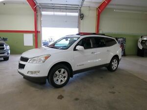 2009 Chevrolet Traverse LT Awd Sunroof Leather Dvd