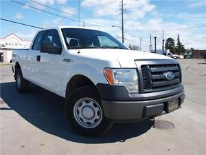 2011 Ford F-150 XL, 4X4, NO ACCIDENTS!! 416-742-5464