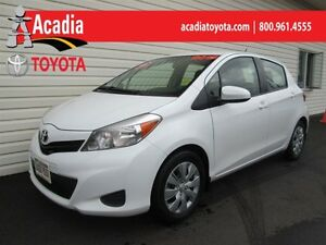 2013 Toyota Yaris LE Conv Pkg! A/C, Power Windows & Cruise!