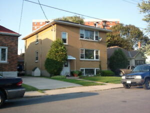 Large 2 Bedroom Apartment, Highly sought after location for Rent