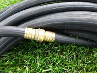 Tuyau noir 100 pieds X 5/8 pouces (commercial ou industriel)
