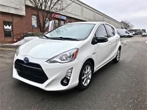 2015 Toyota Prius c Technology, NAV, LEATHER, SUNROOF