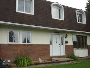 Beautiful house 4 bedrooms - Pierrefonds - Only 1,750$/month