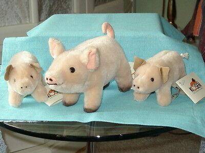 Schweinefamilie der Firma Kösen - Die Plüschtier-Welt - 12/17 cm lang NEUWERTIG
