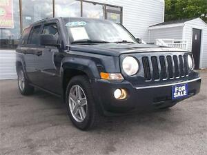 2007 JEEP PATRIOT SPORT !! 4X4 !! LOADED !! NEW TIRES !!!!