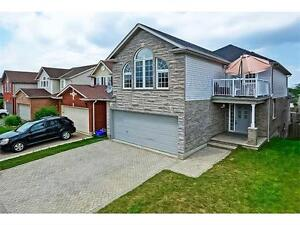 BEAUTIFUL FAMILY HOME - Kitchener West