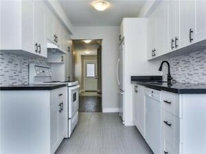 ⭐️TOWNHOUSE UPGRADED TOP TO BOTTOM W/ LARGE FENCED BACKYARD! ⭐️