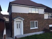 DELIGHTFUL FURNISHED 4 BED 2 BATH STUDENT HOUSE *CLOSE TO RSCH* PARKING * PRIVATE LANDLORD