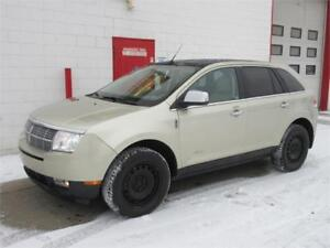 2010 Lincoln MKX AWD ~ 149,000km ~ 2 sets wheels/tires ~ $11,999