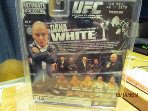 UFC collectible figure - Dana White Kitchener / Waterloo Kitchener Area image 2