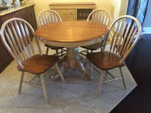 Wood Dinette Set – Only 3 years old, great price!!!