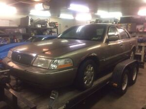 PARTING OUT OR SELL 2004 MERCURY GRAND MARQUIS - CROWN VIC