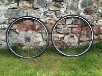Road Bike 700 c,622 Winter /Touring Wheels with Gatorskin tyres