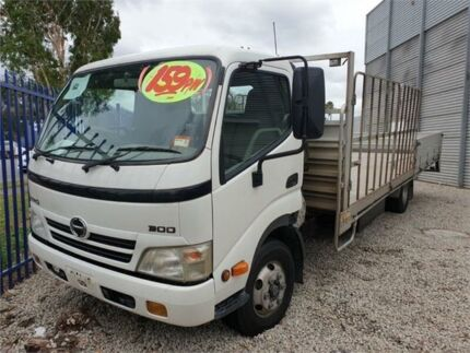 2007 Hino 300 816 Long White Cab Chassis 3.0l Rocklea Brisbane South West Preview