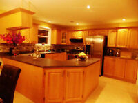 Stunning 4 Bedroom home in a quite neibourhood AVAILABLE NOW