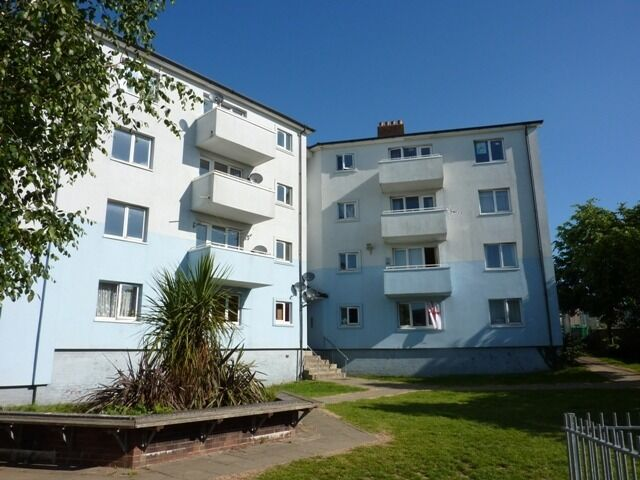 2 Bedroom Flat, 3rd Floor - High Street Flats, Stonehouse, Plymouth, PL1 3SN