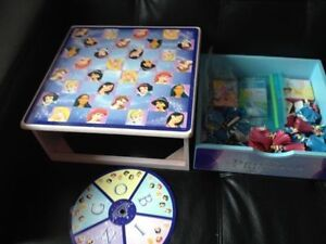 Disney Princesses chess set with all pieces. AVAILABLE