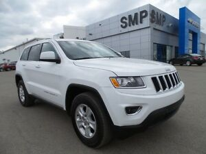 2015 Jeep Grand Cherokee Laredo 3.6L V6 - Alloys, Bluetooth, Loa