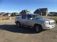 Want this SOLD:2014 Honda Ridgeline Touring ONLY 11,140kms.