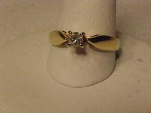 #3405-18K YELLOW GOLD **DIAMOND ENGAGEMENT RING-Size 6 1/4-Just appraised $1,725.00 Sell $495.00 Free s/h in Canada only