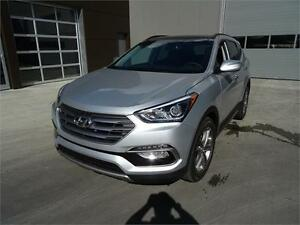 2017 Hyundai Santa Fe Sport SE Turbo Managers Demo ONLY $33388