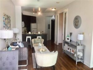 Beautiful 1 bed plus den 1 bath condo in Square one Mississauga