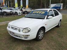 2001 Kia Shuma  White 5 Speed Manual Hatchback Clontarf Redcliffe Area Preview