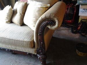 Chaise/Sofa