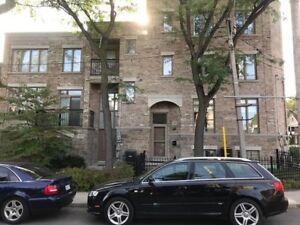 ** TOWNHOME IN TORONTO ** Leslieville ** 4 + 4 **