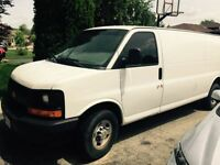 Chevy Express 2500 Series Cargo Van