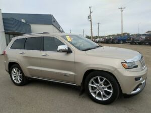 2014 Jeep Grand Cherokee Summit Navigation/Leather interior/4WD