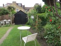 Available 3 beds and 1 single property in wimbledon chase close to station sw20!!