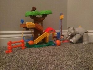 Little People Zoo Keeper Play Set NEW
