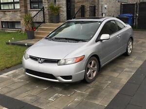 2007 Honda Civic LX Coupé (2 portes) Tout équipée