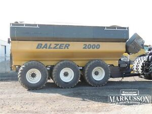 2011 Balzer 2000 Field Floater 6 Grain Cart -  2,000+ bu, Scale