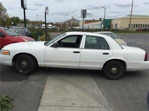 Ford crown victoria 2010 $1995 finance dep $500,514-793-0833