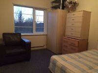 Lovely Double Room near central London at North Acton free wifi, W3 6TX