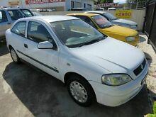 2002 Holden Astra TS City White 5 Speed Manual Hatchback Reynella Morphett Vale Area Preview