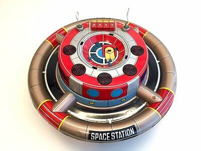 """Namura Space Station """"Planet Y"""" Battery Operated Tin Toy"""