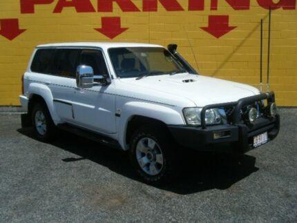 2006 Nissan Patrol ST White 5 Speed Manual Wagon Winnellie Darwin City Preview