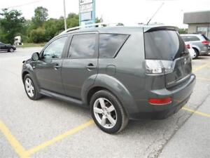2009 Mitsubishi Outlander XLS, LOW KMS, 7 SEATER, 4X4, LEATHER
