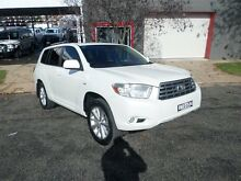 2010 Toyota Kluger GSU40R Altitude 2WD Crystal Pearl 5 Speed Sports Automatic Wagon Burrangong Young Area Preview