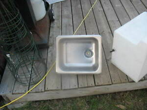 Stainless steel camper sink and scent arrester Gatineau Ottawa / Gatineau Area image 2
