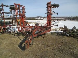 Wil-Rich 2500 Cultivator London Ontario image 2