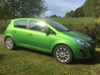 Vauxhall Corsa 1.2i 16v SE 5dr, low mileage, FSH, cruise, aircon, heated seats and steering.