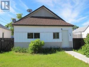 134 17 Street Fort Macleod, Alberta