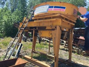 1985 Barmac Rotopactor Impact Crusher / With Motor